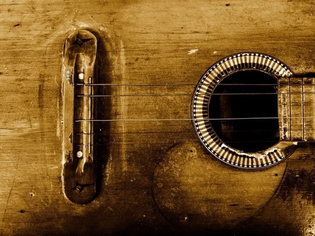 5 Signs it's Time To Change Your Guitar Strings 3