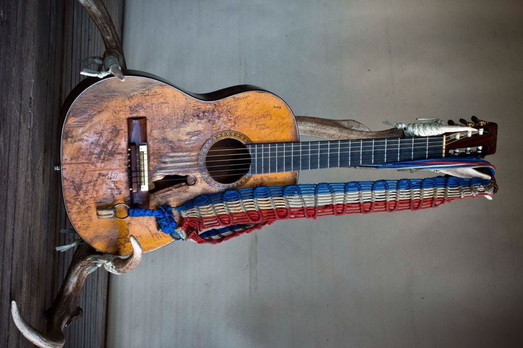 trigger the story of willie nelson s beloved guitar stringjoy. Black Bedroom Furniture Sets. Home Design Ideas