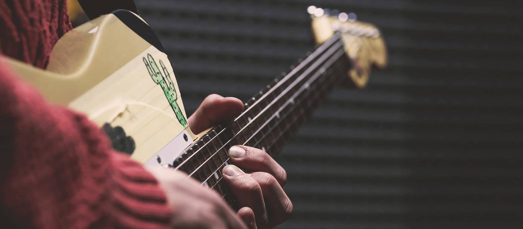 How To Intonate A Guitar Quickly and Easily